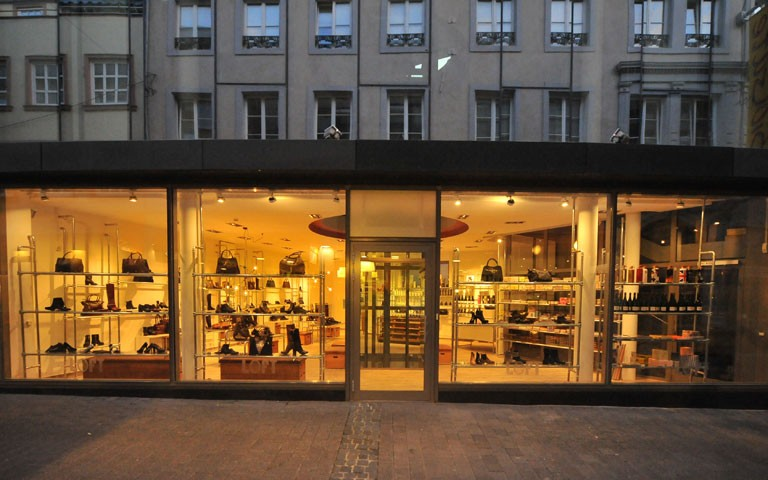outlet store 2a9ed 1f368 EinkaufsErlebnis Trier - der Einkaufsführer für Trier